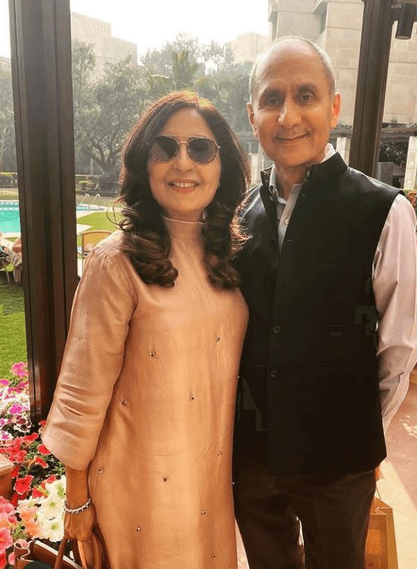 anand ahuja parents
